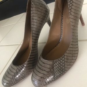 "Elie Tahari ""snakeskin"" pumps, sz 10, NEW"